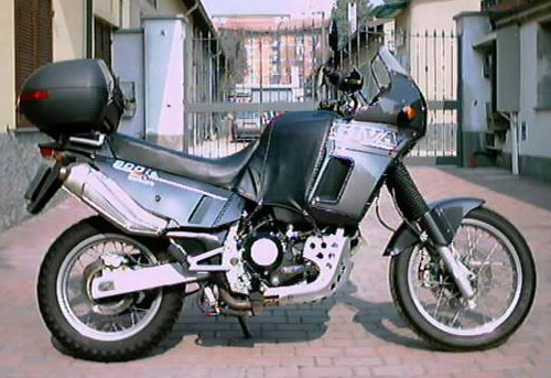 Download Cagiva 900-Ie-Gt repair manual
